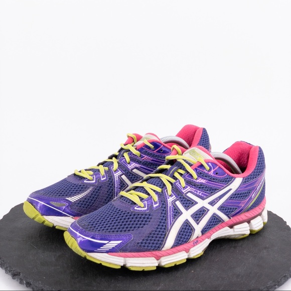 Asics Shoes - Asics GT-2000 Women's running shoes size 11